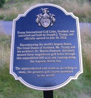 trump international links plaque,